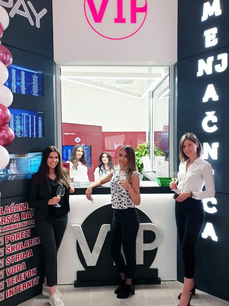 Detalj sa otvaranja poslovnice VIP menjačnica u Ada Mall-u